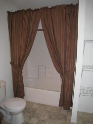 Bathroom2 - 2007 Palm Harbor Lot 418