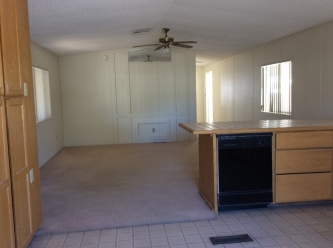 Living Room - 1988 Palm Harbor Lot 420