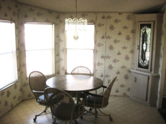 Dining Room - 1990 Schult Homes Corp. Lot 73