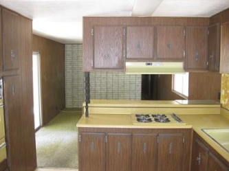 Kitchen - 1972 Bradford Lot 320